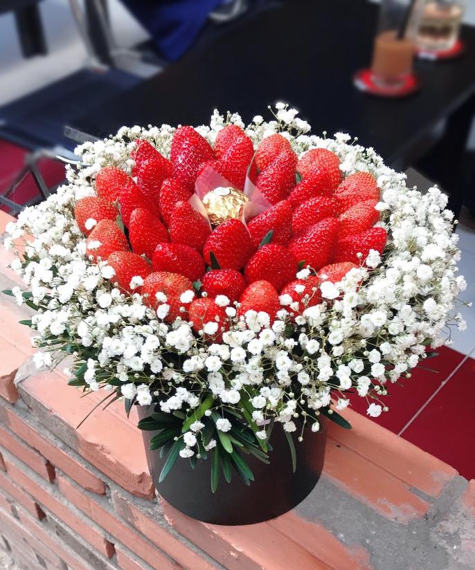 Hộp hoa dâu tây 25